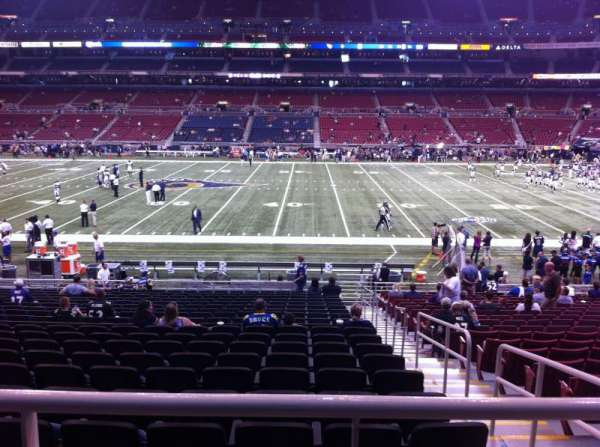 The Dome at America's Center, section: 140, row: U, seat: 2
