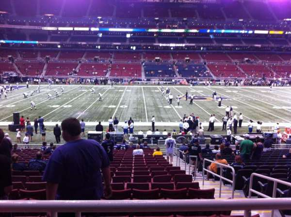 The Dome at America's Center, section: 142, row: U, seat: 2