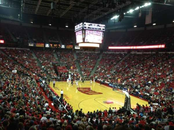 Thomas & Mack Center, section: 113, row: P, seat: 11