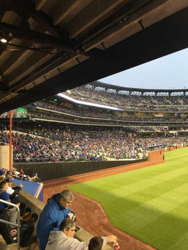 Citi Field, section: 101, row: 10, seat: 8