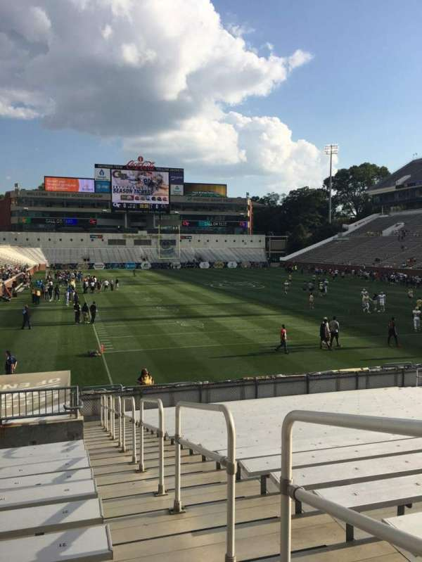 Bobby Dodd Stadium, section: 119, row: 22, seat: 23