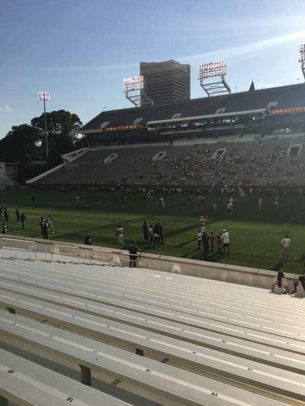 Bobby Dodd Stadium, section: 122, row: 22, seat: 21