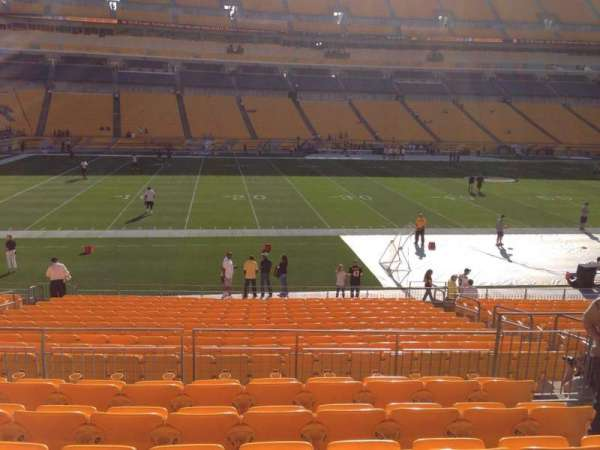 Heinz Field, section: 108, row: S, seat: 10