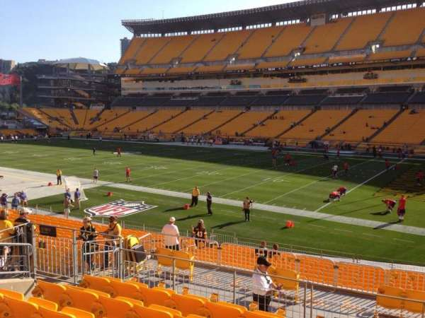 Heinz Field, section: 115, row: S, seat: 10