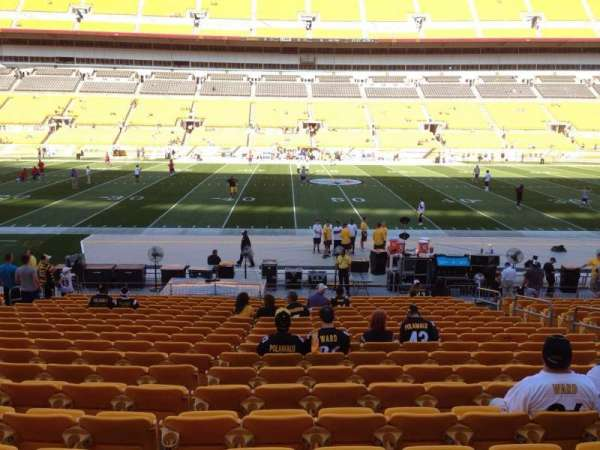 Heinz Field, section: 134, row: T, seat: 10