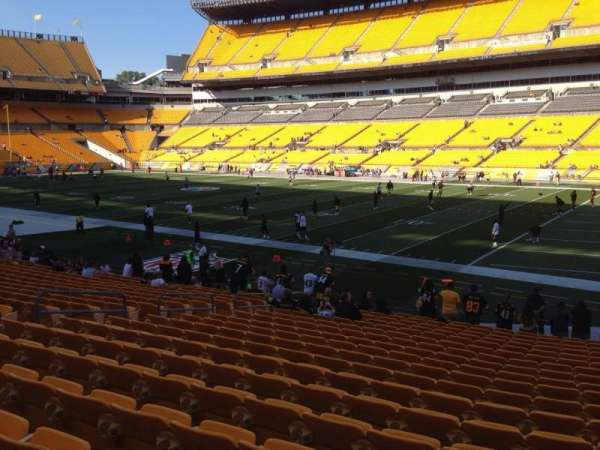 Heinz Field, section: 139, row: T, seat: 10