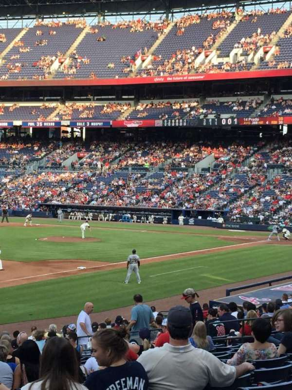 Turner Field, section: 122, row: 24, seat: 6