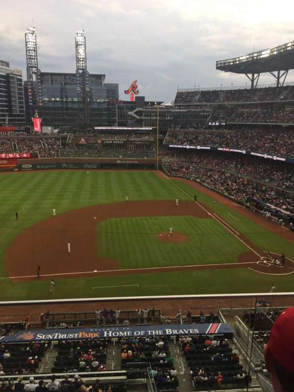 Truist Park, section: 331, row: 2, seat: 21
