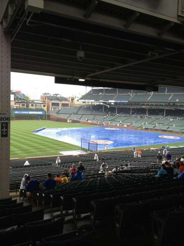Wrigley Field, section: 206, row: 16, seat: 19