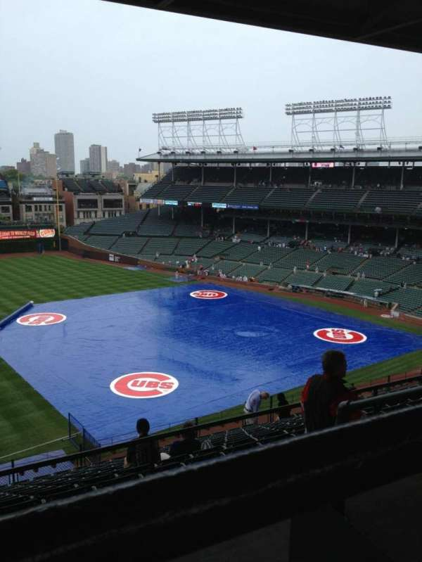 Wrigley Field, section: 409L, row: 3, seat: 2