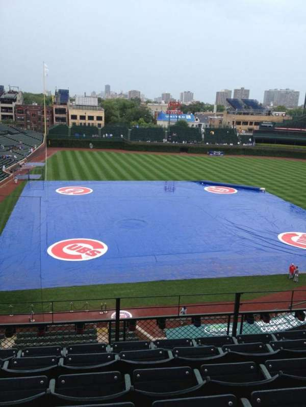 Wrigley Field, section: 322R, row: 6, seat: 4