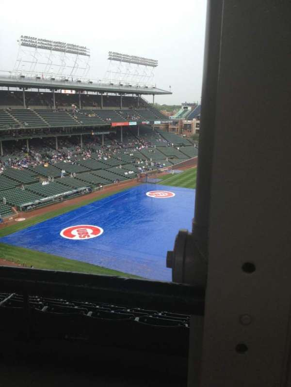 Wrigley Field, section: 424R, row: 1, seat: 18