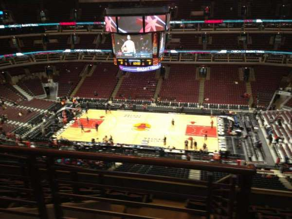 United Center, section: 333, row: 9, seat: 20