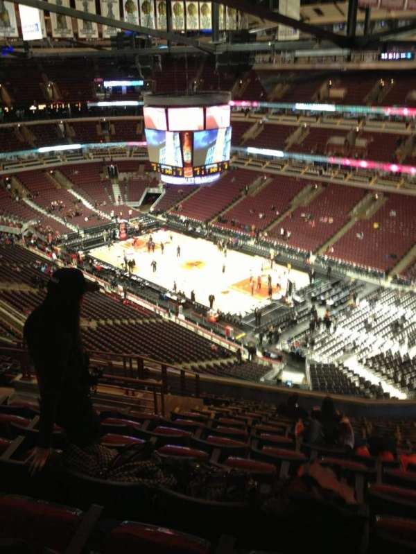 United Center, section: 330, row: 15, seat: 17