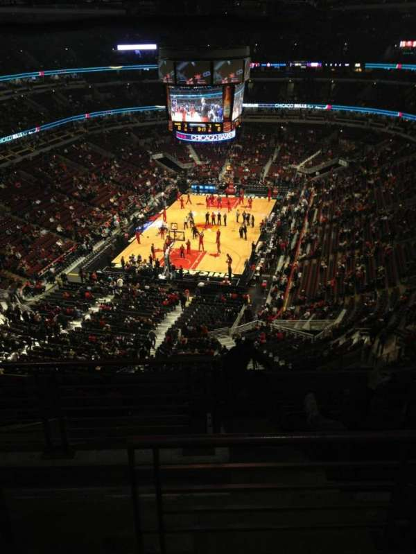 United Center, section: 307, row: 11, seat: 21