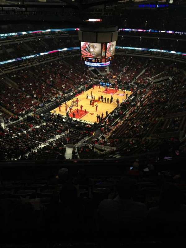 United Center, section: 306, row: 16, seat: 21
