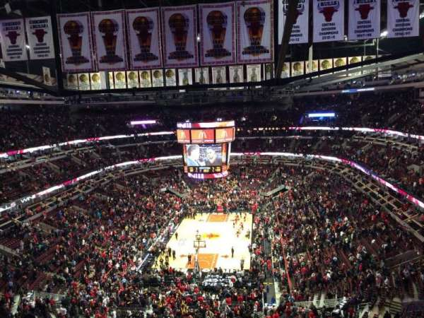 United Center, section: 325, row: 12, seat: 8