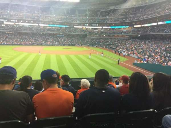 Minute Maid Park, section: 102, row: 7, seat: 12