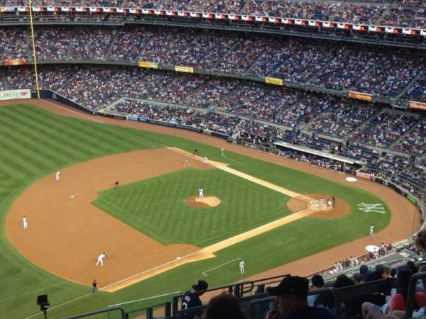 Yankee Stadium, section: 428, row: 13, seat: 3