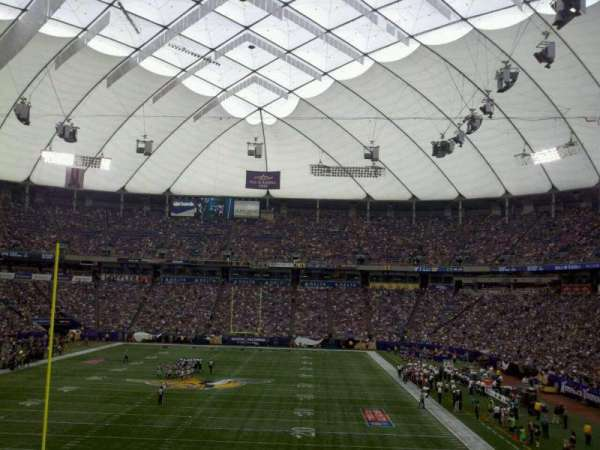 Mall of America Field, section: 141, row: 27, seat: 27