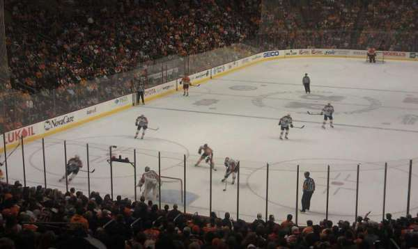 Wells Fargo Center, section: 120