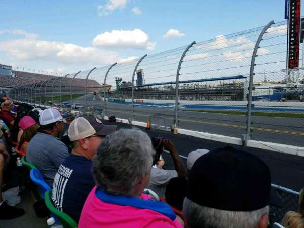 Daytona International Speedway, section: 173, row: 4, seat: 1