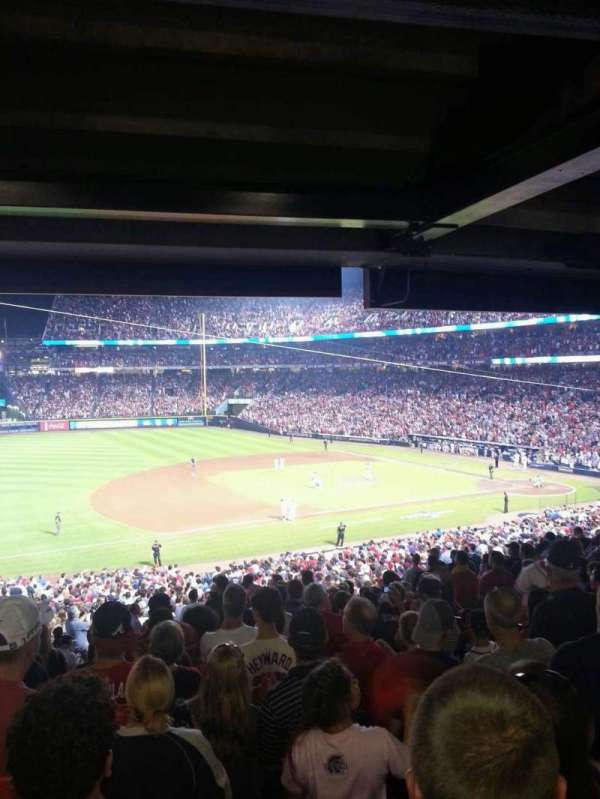 Turner Field, section: 218L, row: 16, seat: 8