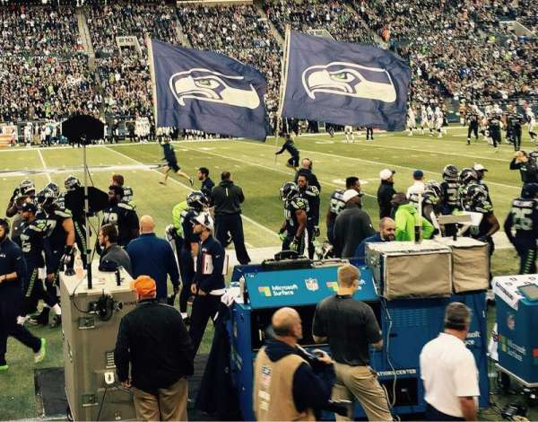 CenturyLink Field, section: 135, row: B, seat: 7