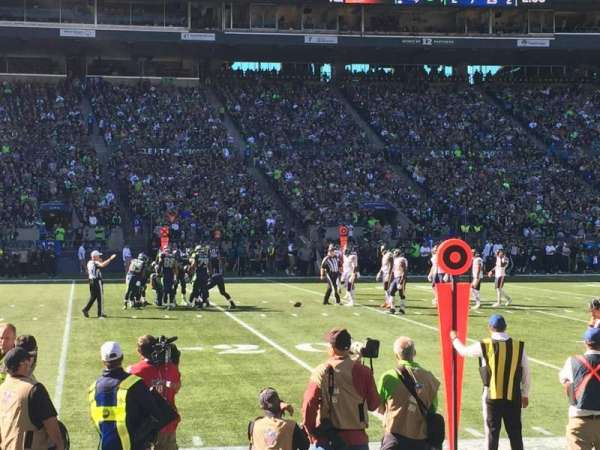 CenturyLink Field, section: 112, row: B, seat: 6