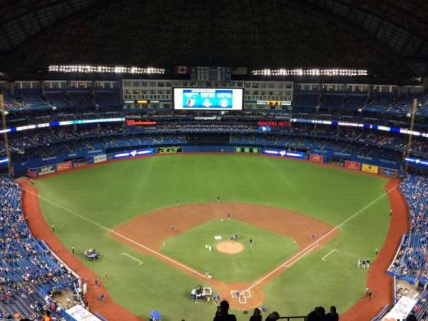 Rogers Centre, section: 524BL, row: 22, seat: 105