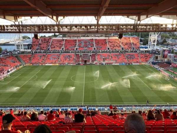 BMO Field, section: 207, row: 29, seat: 16