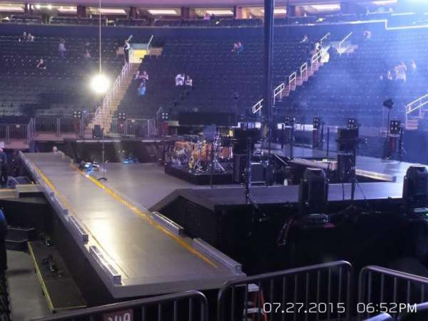 Madison Square Garden, section: 109, row: 6, seat: 3