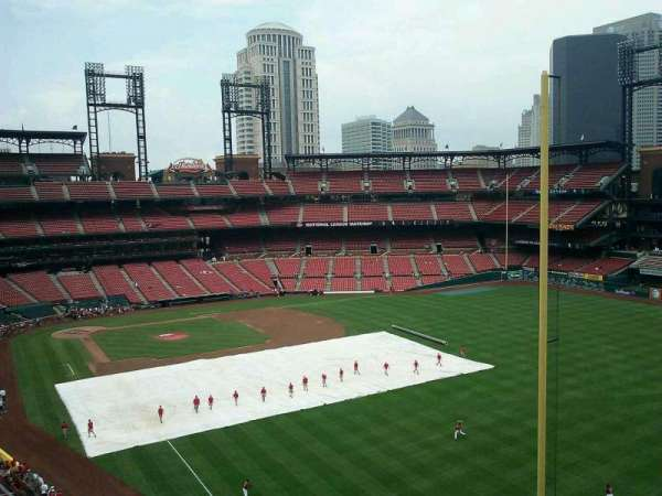 Busch Stadium, section: 331, row: 1, seat: 10