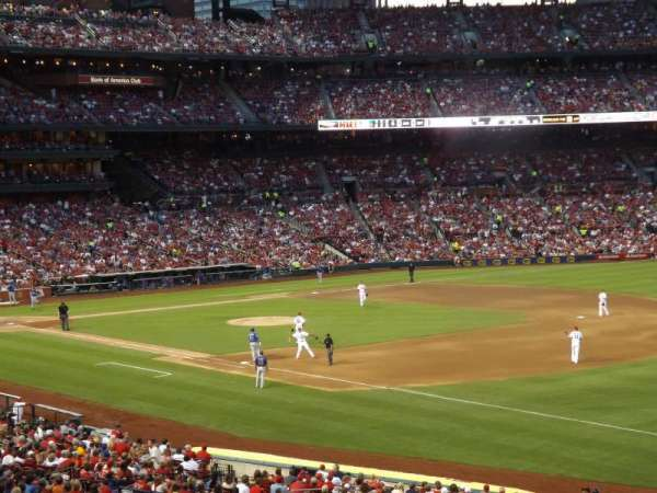 Busch Stadium, section: 135, row: 29, seat: 11