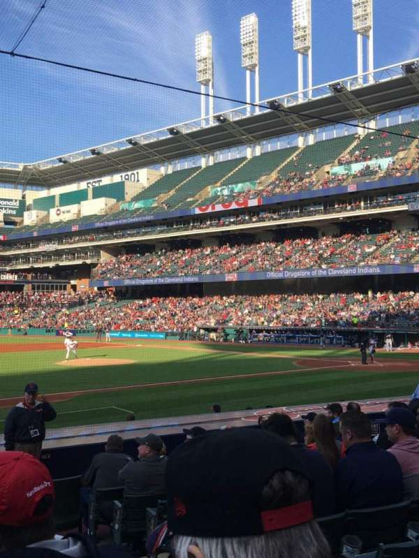 Progressive Field, section: 164, row: Q, seat: 2