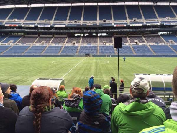 Centurylink Field, section: 135, row: I, seat: 3