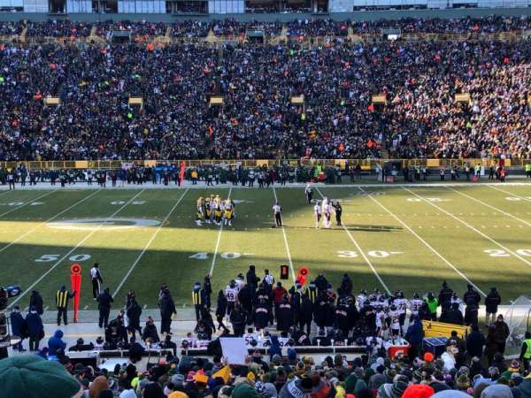Lambeau Field, section: 117, row: 31, seat: 9