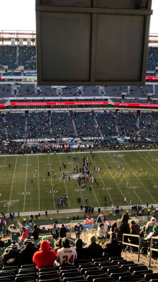 Lincoln Financial Field, section: 224, row: 30, seat: 7,8,9