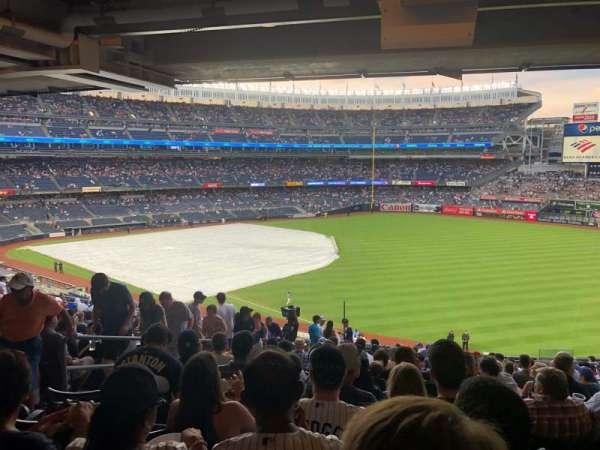 Yankee Stadium, section: 209, row: 14, seat: 12