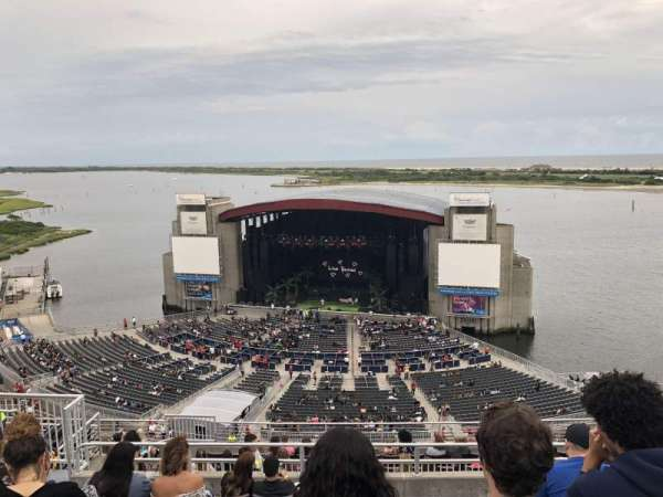 Jones Beach Theater, section: 20, row: N, seat: 18