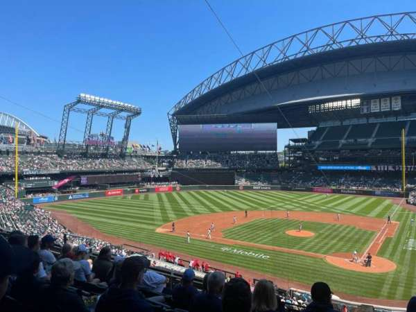 T-Mobile Park, section: 233, row: 7, seat: 3
