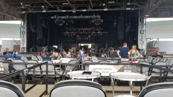Hollywood Casino Amphitheatre (Maryland Heights), section: Upper Center, row: X, seat: 136