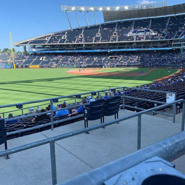 Kauffman Stadium, section: 208, row: AA, seat: 10