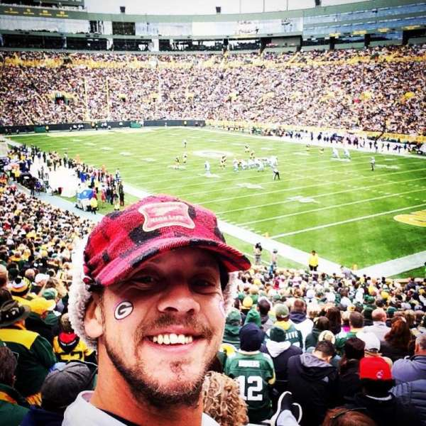 lambeau field, section: 132, row: 39, seat: 19