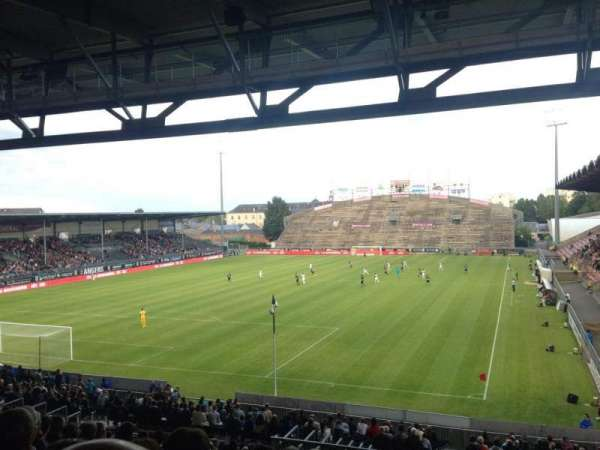 Stade Raymond Kopa, section: Coubertin A, row: AD, seat: 15