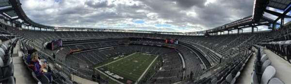 Metlife Stadium, section: 347, row: 17, seat: 18