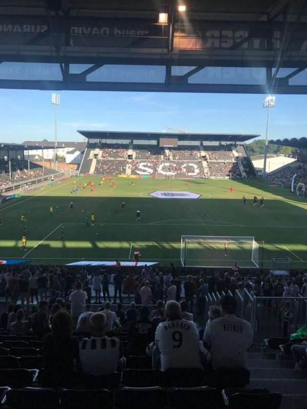 Stade Raymond Kopa, section: Coubertin, row: AD, seat: 110