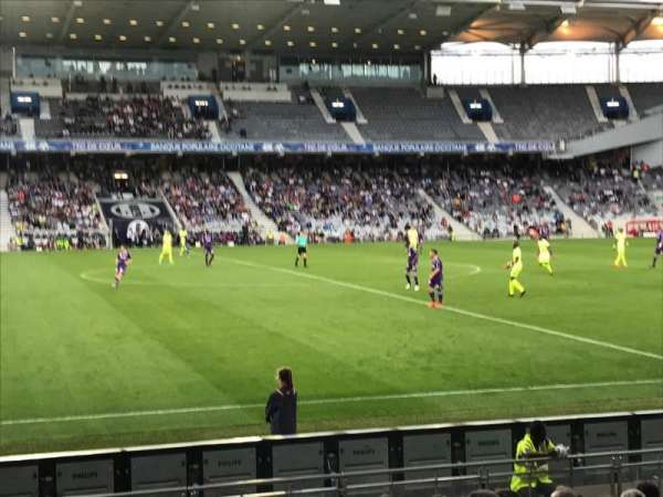 Le Stadium de Toulouse, section: Sud, row: F, seat: 123