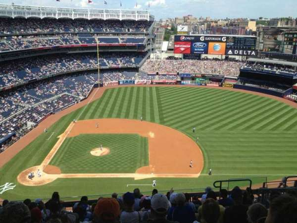 Yankee Stadium, section: 416, row: 11, seat: 10