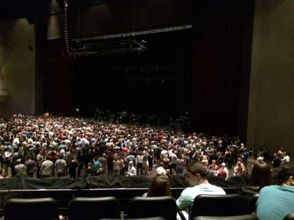 Ovation Hall, section: 102, row: R, seat: 5
